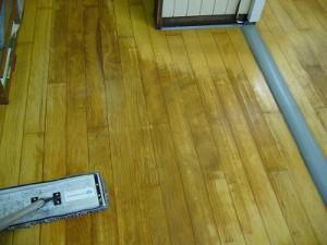 保育園木床清掃(3)