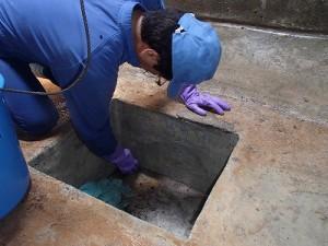 RC造貯水槽清掃作業(2)