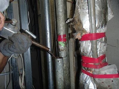 ドレン管の詰り解消(1)